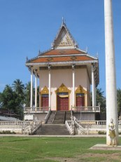 A temple along the road outside Kratie.