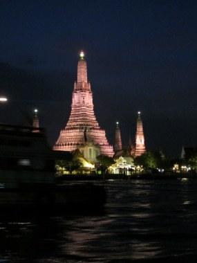 Wat Arun by night.
