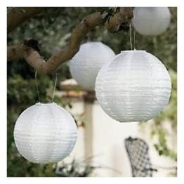 White paper lanterns for Diner en Blanc