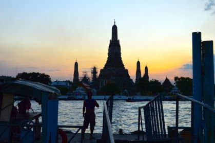 Wat Arun at dusk, Bangkok